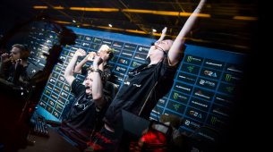 Ninjas in Pyjamas narrowly defeat Astralis in DreamHack semis