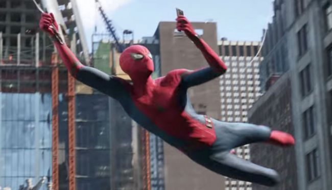 Sam Raimi kommenterar eftertextscenen i Far From Home