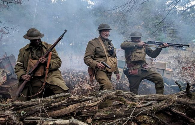Ron Perlman och Billy Zane drar ut i krig i The Great War-trailern
