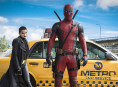 Ryan Reynolds lirar Deadpool med Jack Septic Eye