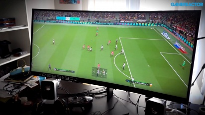 Vi spelar PES 2018 på HP:s nya Omen-monitor