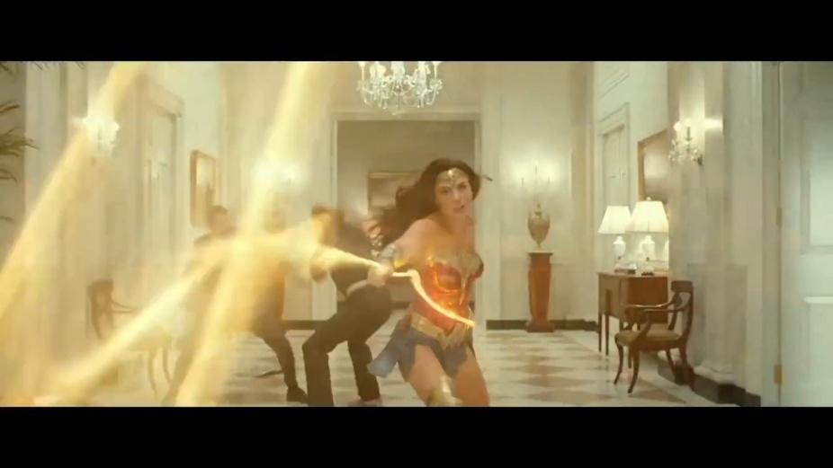 Wonder Woman 1984 flyttas fram